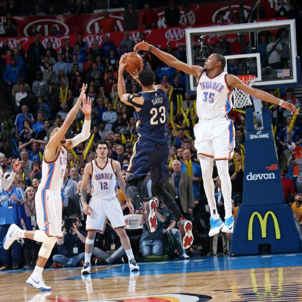 Anthony Davis Game-Winner in Nike Air Max Hyperposite 2 P.E.