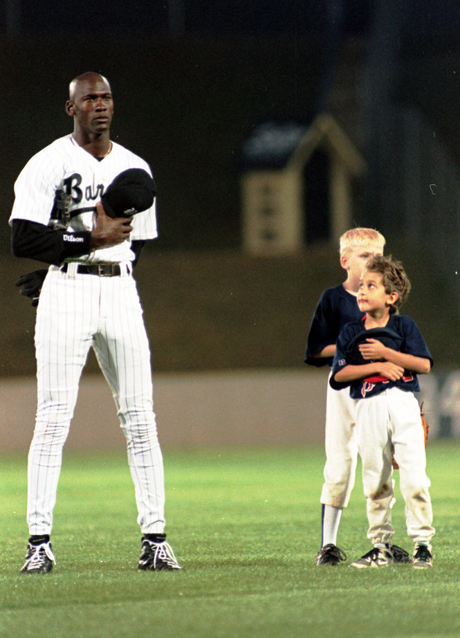 Michael Jordan in Air Jordan 9 Cleats PE