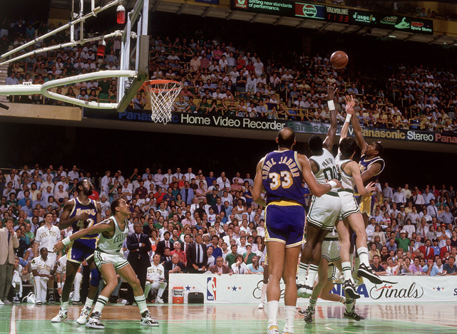 "Magic Johnson wins 1987 Game 4 with ""Junior Skyhook"""