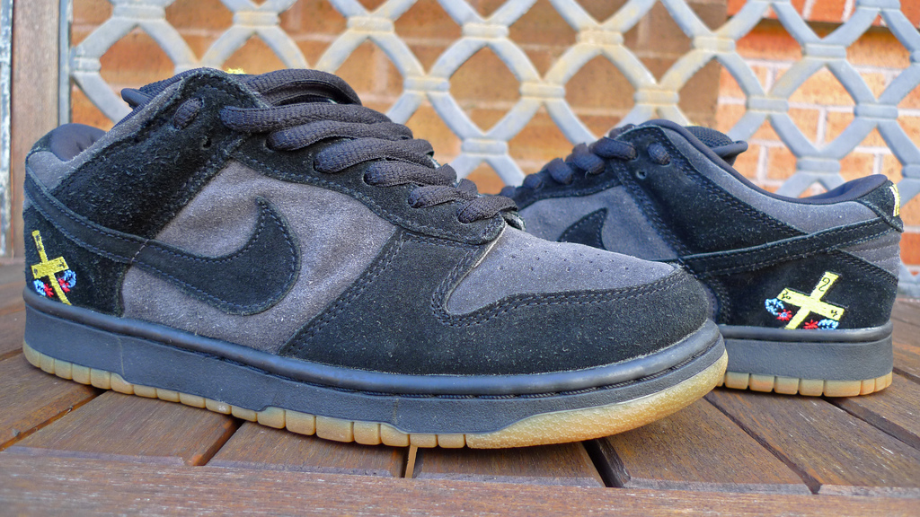 "Nike SB Dunk Low ""Chocolate"" Photo via Gooey Wong"