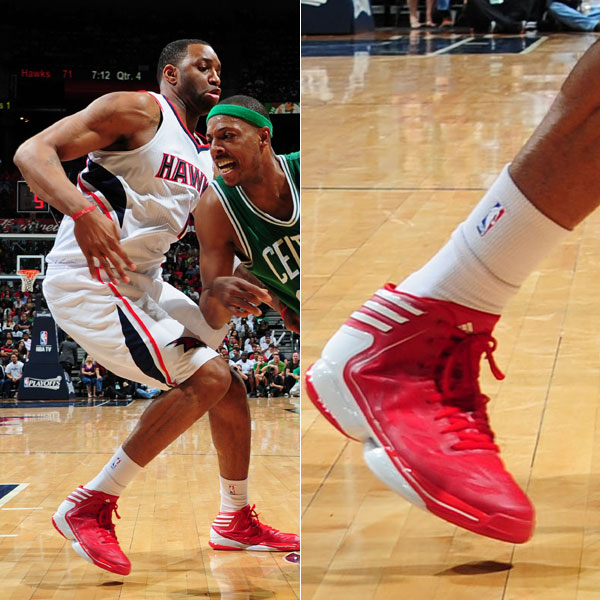 Tracy McGrady wearing the adidas adizero Crazylight 2 in 2012