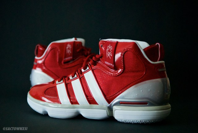 adidas TS Beast (Dwight Howard) Louisville Cardinals PE
