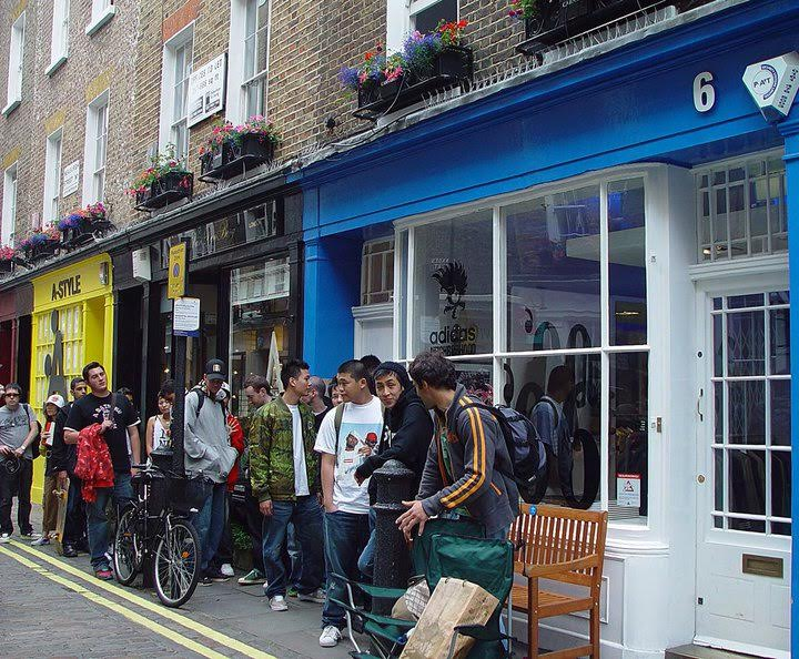 No6 Sneaker Store in London Now Closed