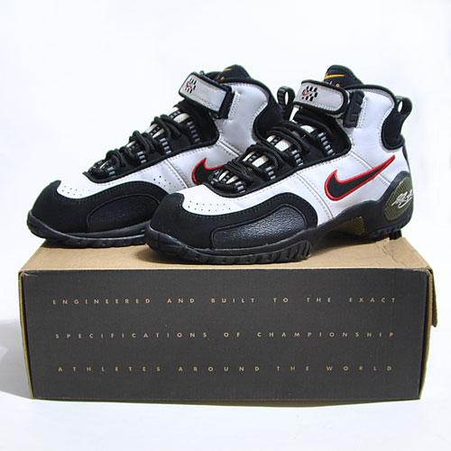 Nike Air Zoom Schu White/Black/Red