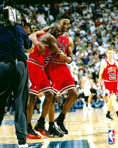 Michael Jordan in Air Jordan 12 Black-Varsity Red, Scottie Pippen in Nike (Zoom) Air Pippen P.E.