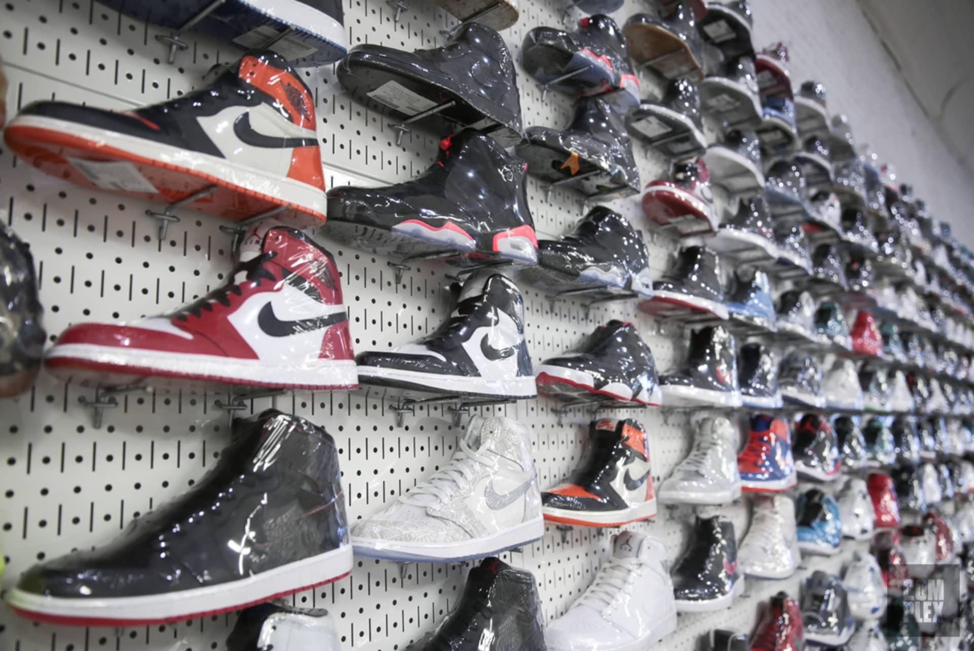 e17d2fe1fcf7af Grail Status - Sneaker History