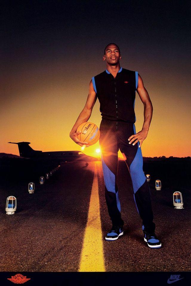 MJ in the original Air Jordan 1 Royals