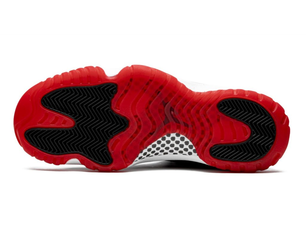 Air Jordan 11 Playoffs (Breds)