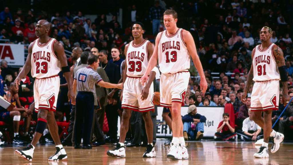 Luc Longley in the Nike Air Machine Force, Scottie Pippen in the Nike Air Hype Uptempo
