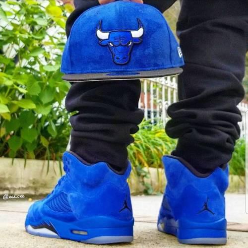 Jordan Retro 5 Blue Suede On Feet Look