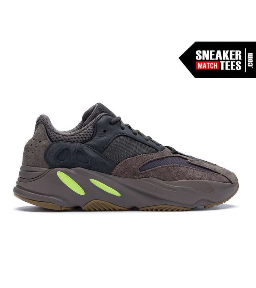 meet 33abd be627 Yeezy 700 Mauve shirts match sneakers | Yeezy Sneaker Clothing