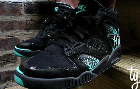 Nike Air Tech Challenge Hybrid Black   Tiffany   Unreleased Sample