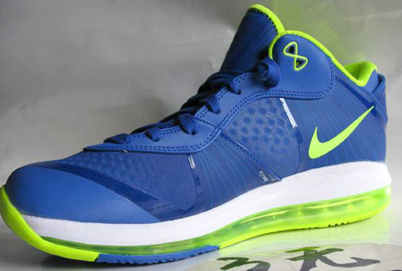 Nike LeBron 8 V2 Low 'Sprite'