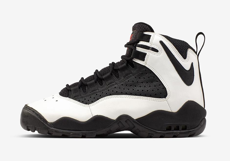 Nike Presto Extreme Black White 870020 100 Sneaker Bar Detroit