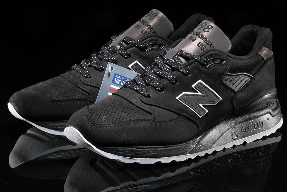 Lights Northern Nike