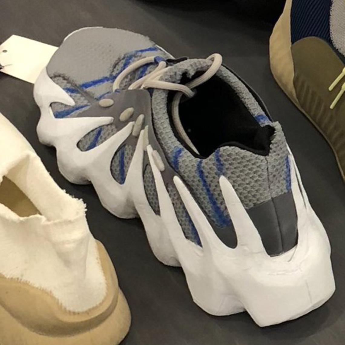 low priced af4bd 44eb1 Adidas Yeezy 700 V2 Static EF2829 Release Date Sneaker