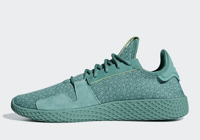 f77c1503fe2db Pharrell adidas Tennis Hu V2 DB3328+DB3329 - SPORT NEWS