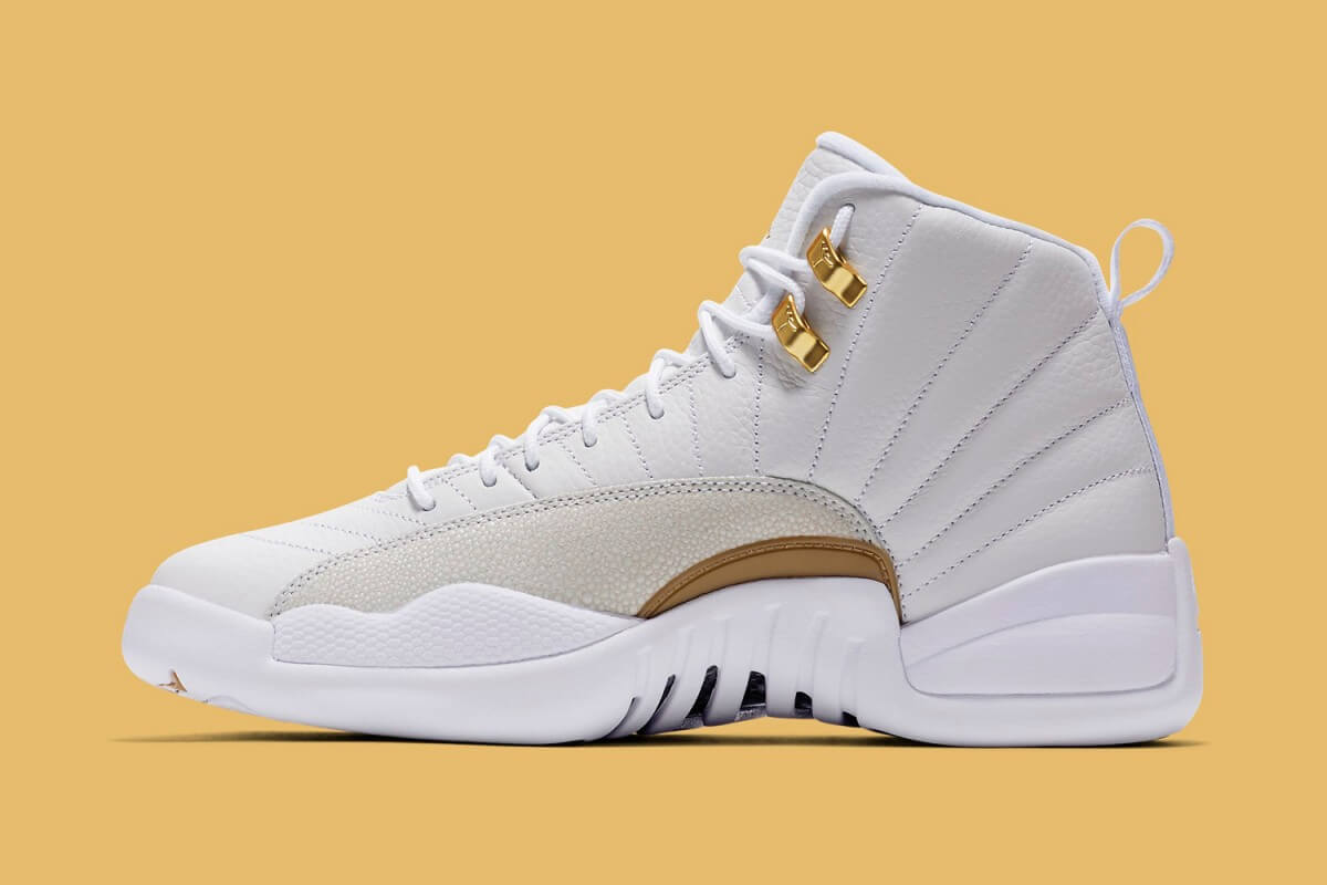 drake-white-air-jordan-12-ovo-02-1200x800