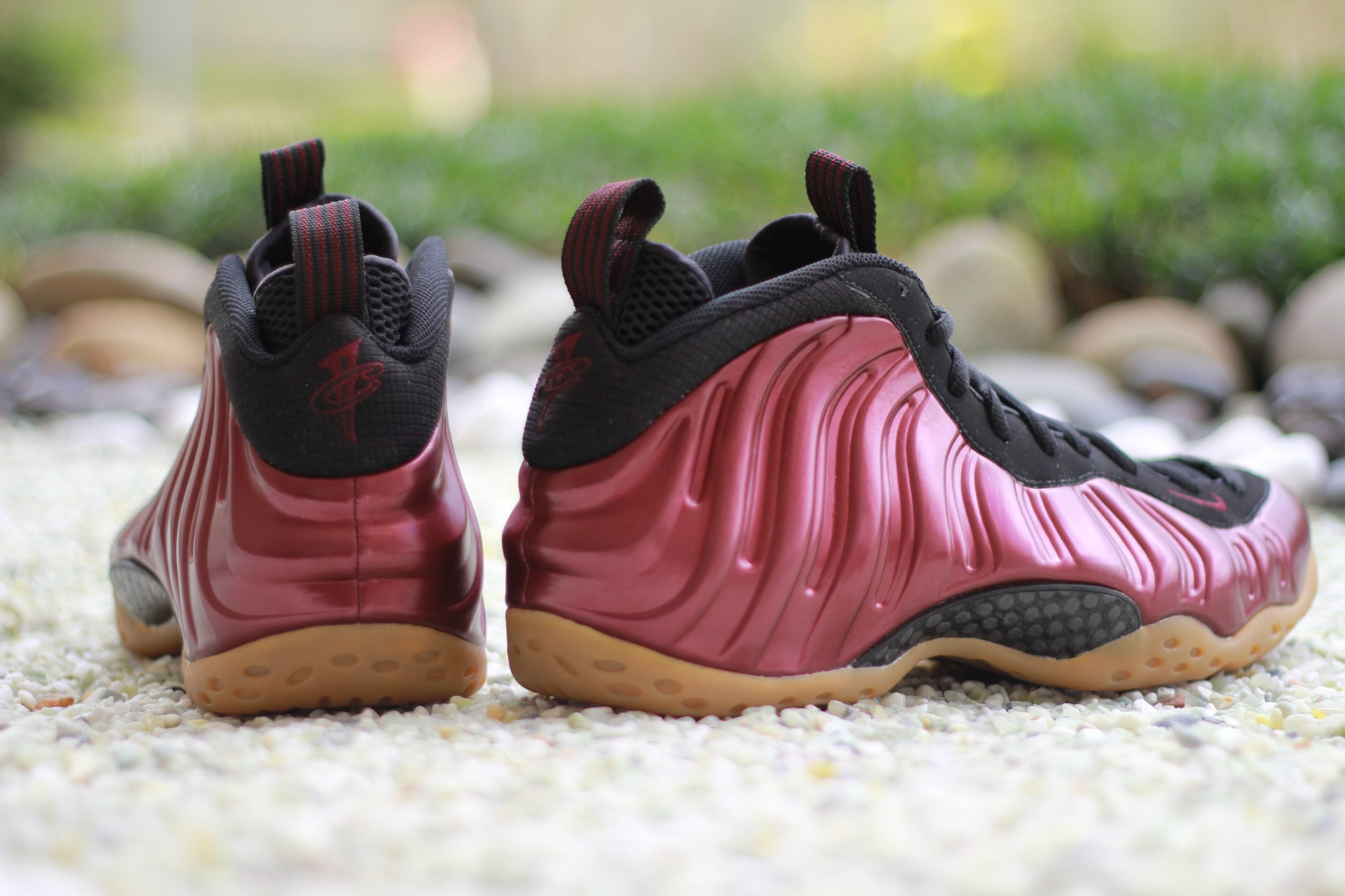 shoes-nike-air-foamposite-one-maroon-2016-314996-601-1