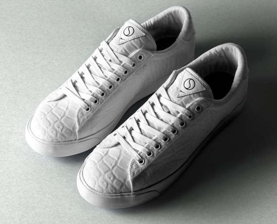 nike-tennis-classic-size-the-court-surfaces-pack-04
