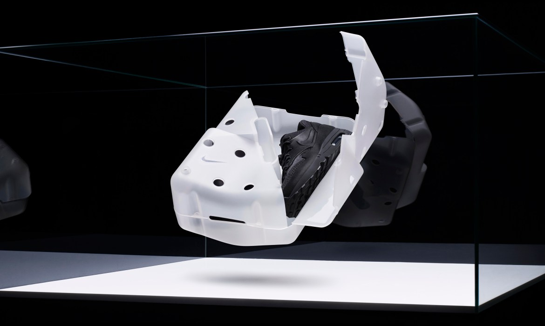 Nike-Vision-Airs-Newson-Tisci-Huang-03