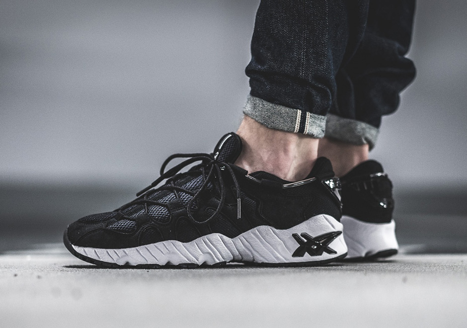asics-gel-mai-black-white-1