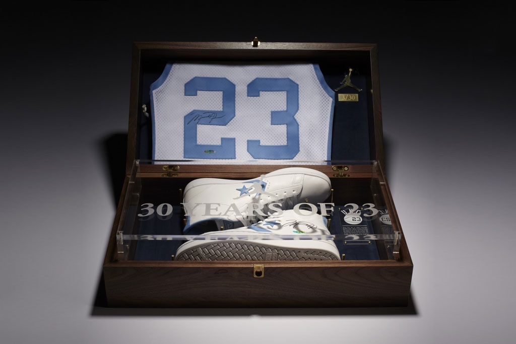 jordan-converse-2012-commemorative-pack-1