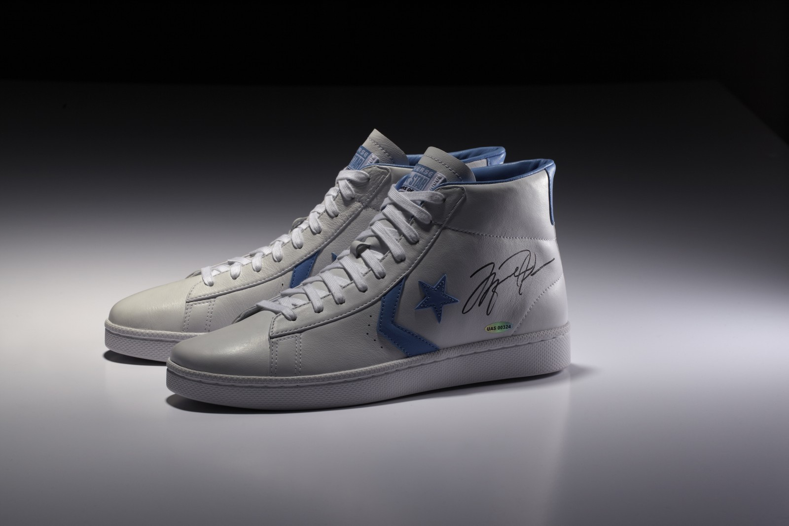 jordan-converse-2012-commemorative-pack-2