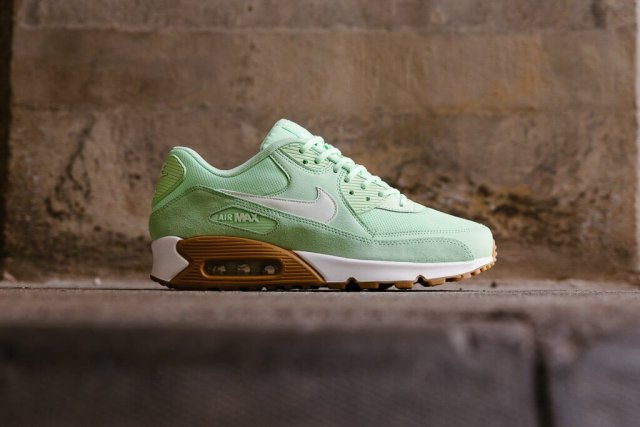 nike-air-max-90-fresh-mint-01
