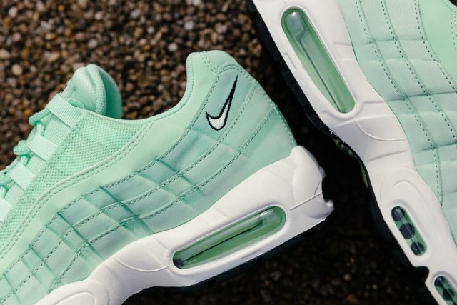 nike-air-max-95-fresh-mint-04