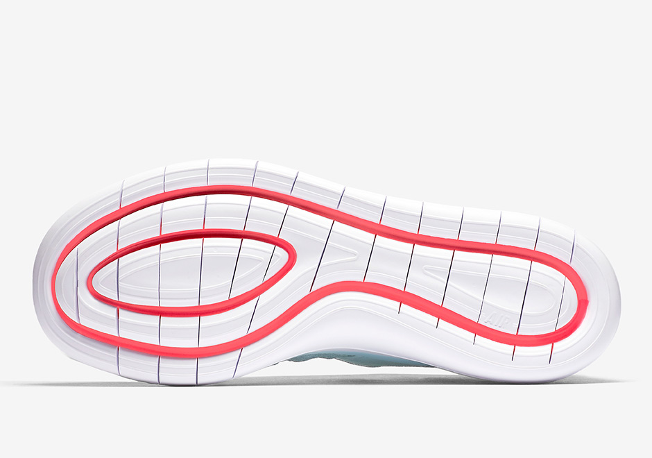 nike-sock-racer-flyknit-white-glacier-blue-racer-pink-4