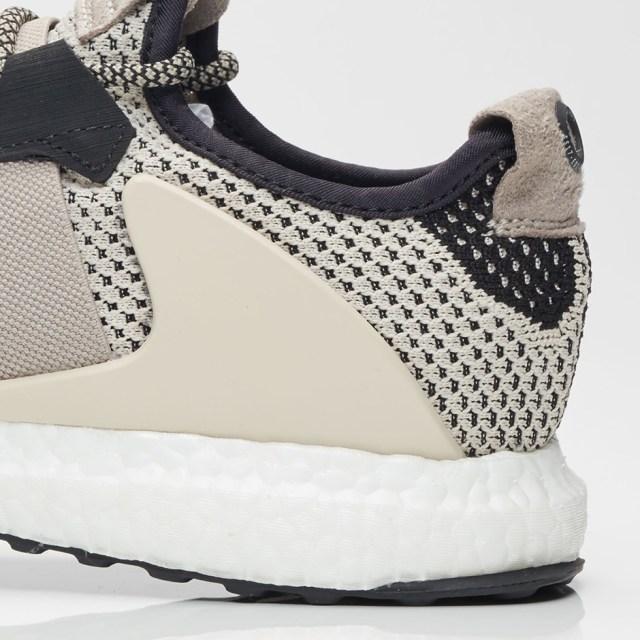 adidas-ado-ultra-boost-zg-6