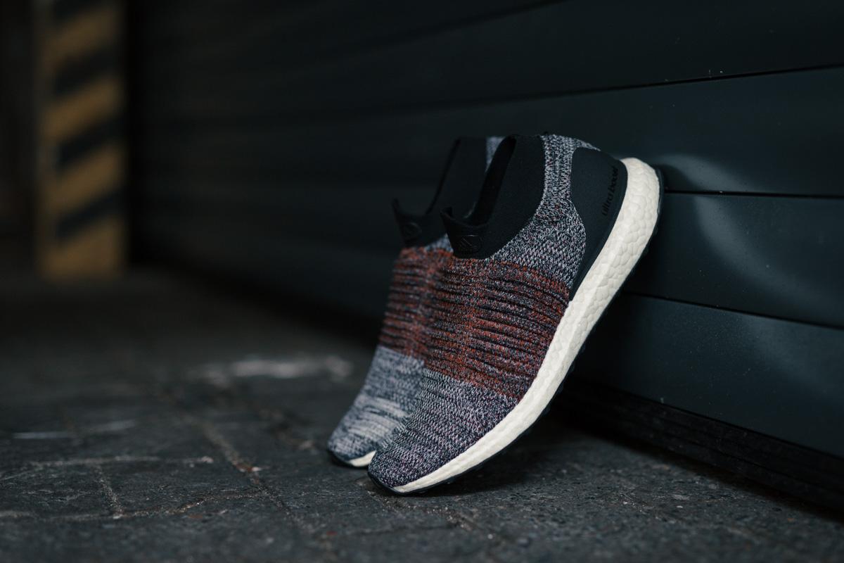 adidas-running-laceless-ultra-boost-06