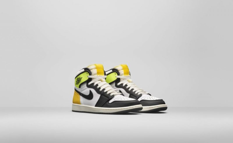Air Jordan 1 High OG Volt/University Gold