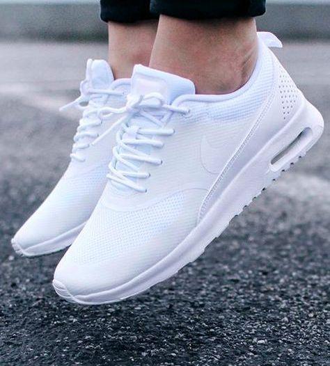 Tenisi Nike barbati vara 2021