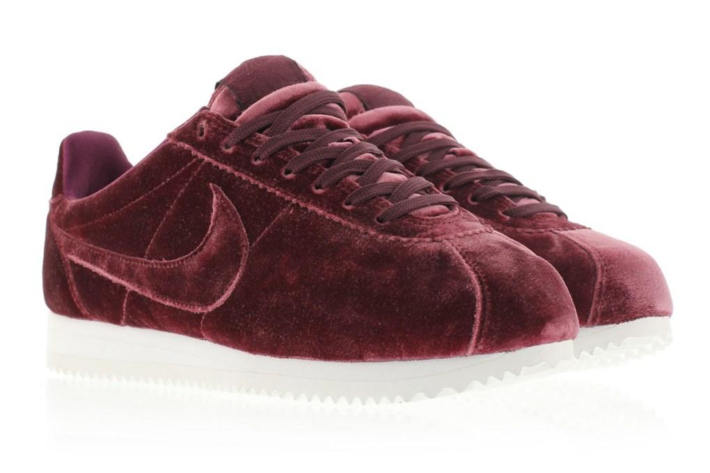 new product 29f69 5865b Nike Cortez Velvet Pack