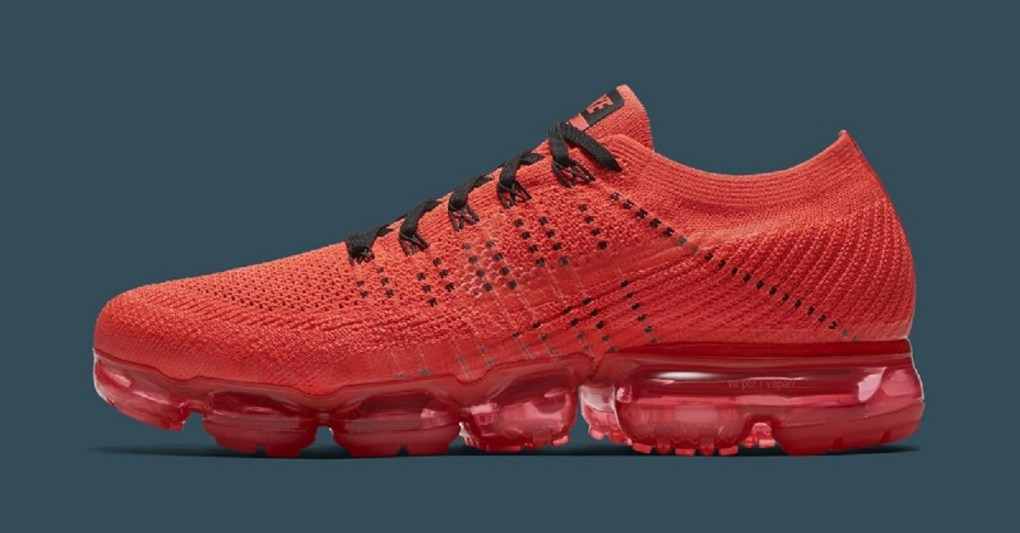 fb8a5f47d8d38 A Closer Look Into the CLOT x Nike Air VaporMax - SNEAKER SUMMIT est ...