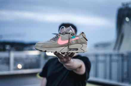 Nike Air Max 90 Off White Desert Ore