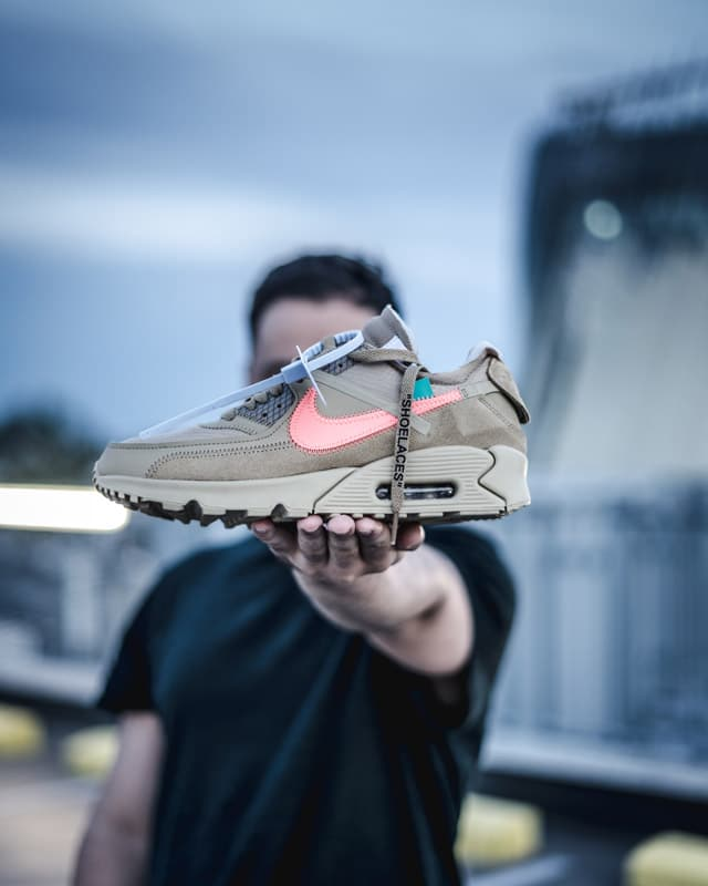 Nike Air Max 90 Off White Desert Ore