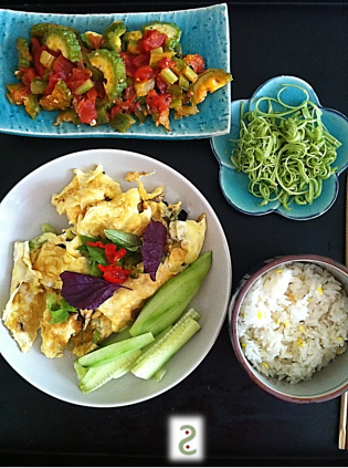 Home style Vietnamese summer lunch http://wp.me/p3iY4S-Ck