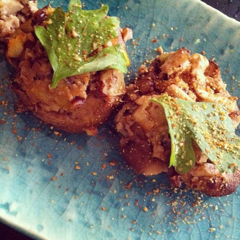 Stuffed shitakes with walnuts, tofu and leek
