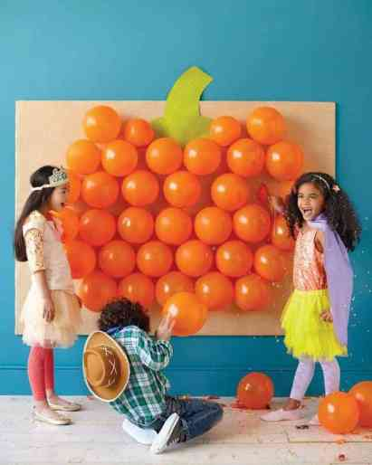 Pop the balloons halloween game for kids