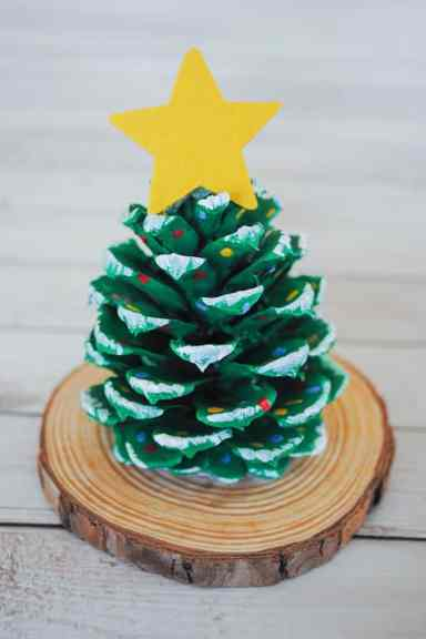 pinecone tree craft for kids