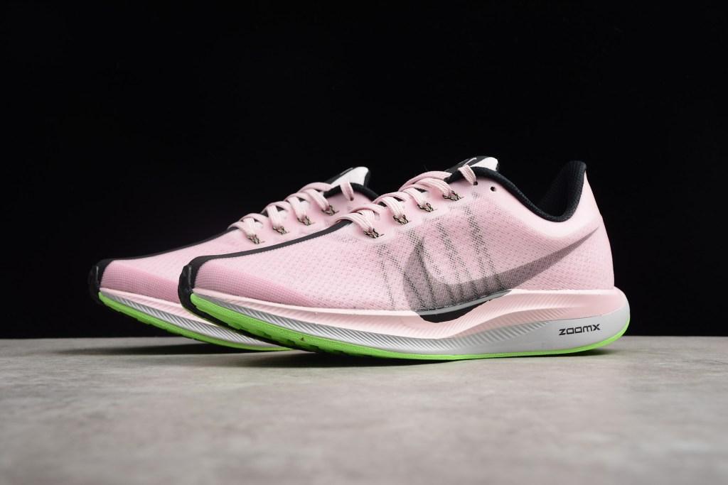 Nike Air Zoom Pegasus 35 Turbo รองเท้าวิ่งติดพลังเทอร์โบ สีชมพู/ดำ สำหรับผู้หญิง