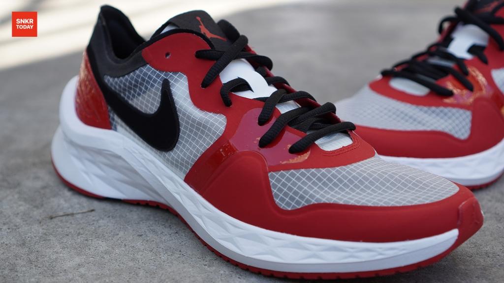 แกะกล่อง พรีวิว Jordan 85 Racer รองเท้าวิ่งที่ได้รับแรงบันดาลใจมาจาก Air Jordan 1