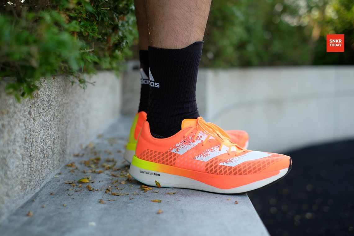 รีวิว รองเท้าวิ่ง adidas adizero adios PRO หนา นุ่ม เด้ง ไปแบบไหลๆ