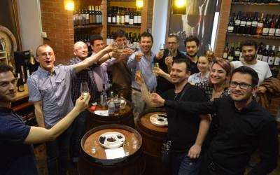 Ce câștigi dacă participi la World Whisky Day in Romania?