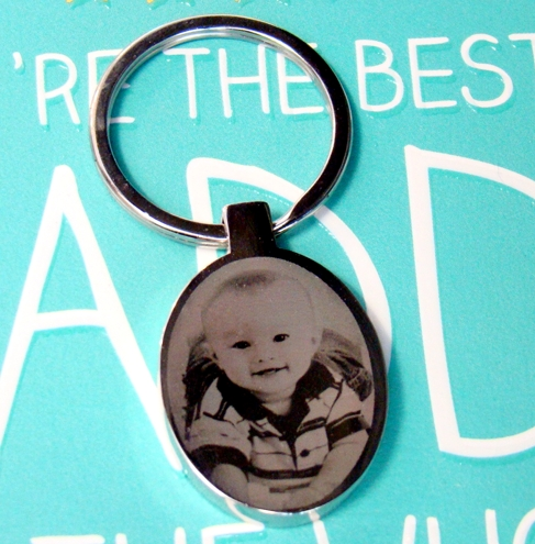 Oval photo engraved keyring