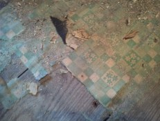 Table Cloth under layment
