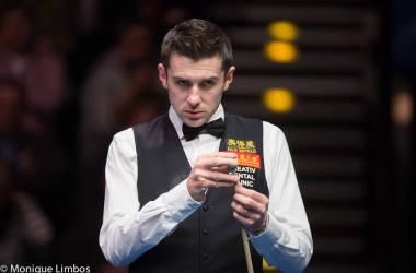 Mark Selby beats Jimmy White